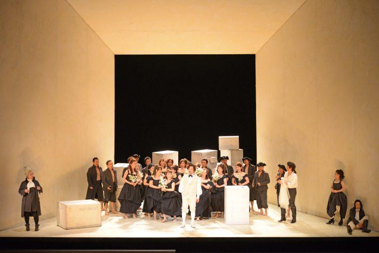 新国立劇場高校生のためのオペラ鑑賞教室・関西公演 「フィガロの結婚」全4幕 記録写真