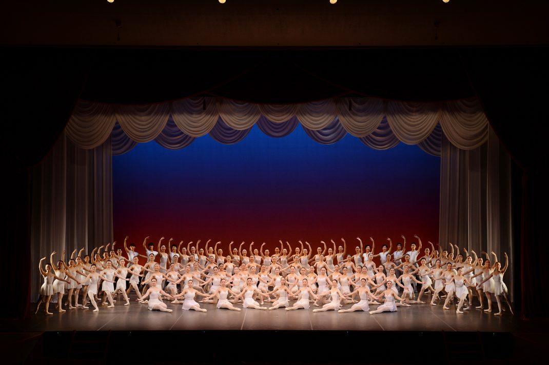 京都バレエ専門学校 専門課程・高等課程スタジオパフォーマンス&コンテンポラリーダンス