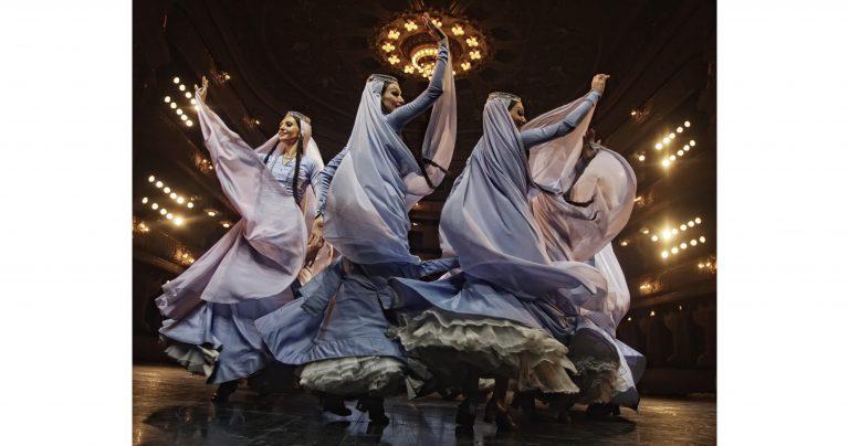 ジョージア国立民族合唱舞踊団「ルスタビ」