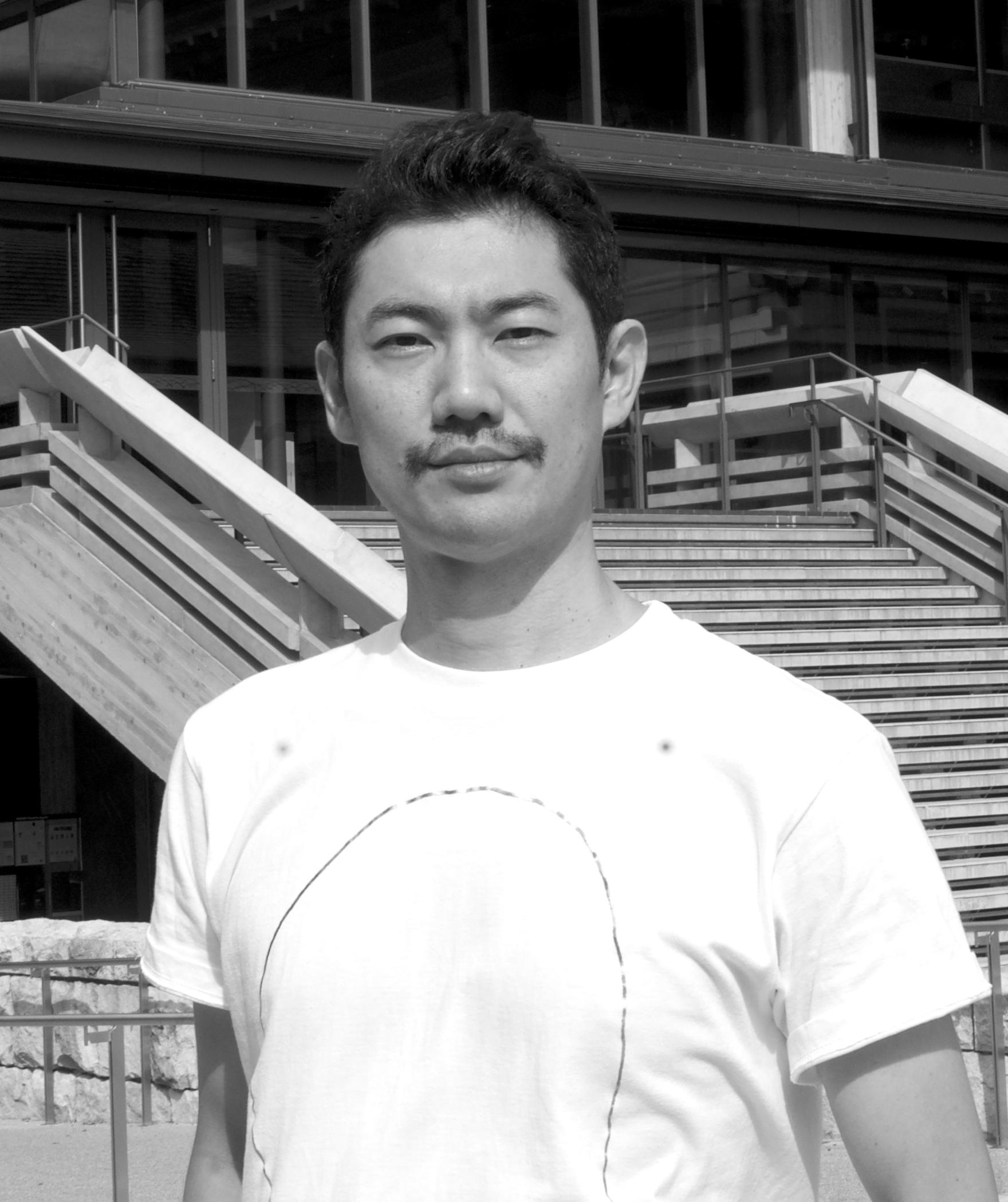 橋本裕介(ロームシアター京都)
